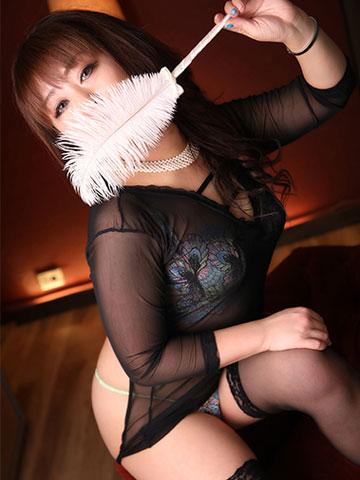 秀佳 32歳